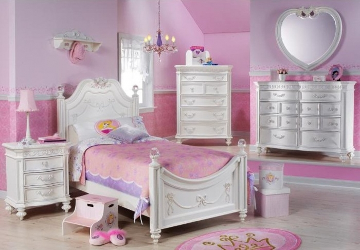 35-Dazzling-Amazing-Girls-Bedroom-Design-Ideas-2015-13 34 Dazzling & Amazing Girls' Bedroom Design Ideas 2019