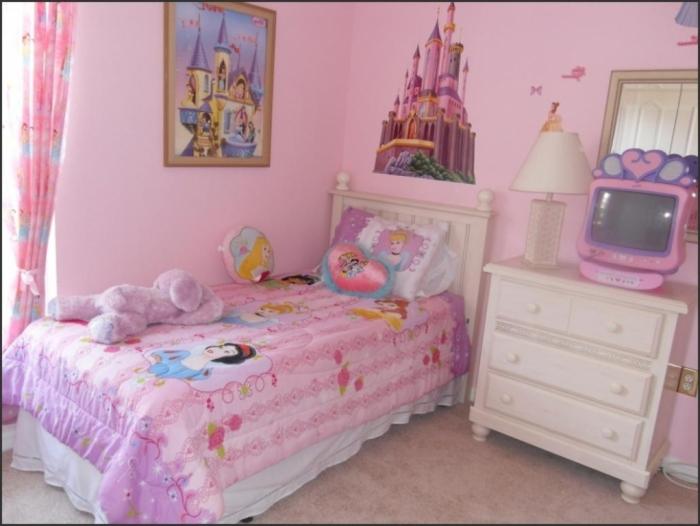 35-Dazzling-Amazing-Girls-Bedroom-Design-Ideas-2015-6 34 Dazzling & Amazing Girls' Bedroom Design Ideas 2020