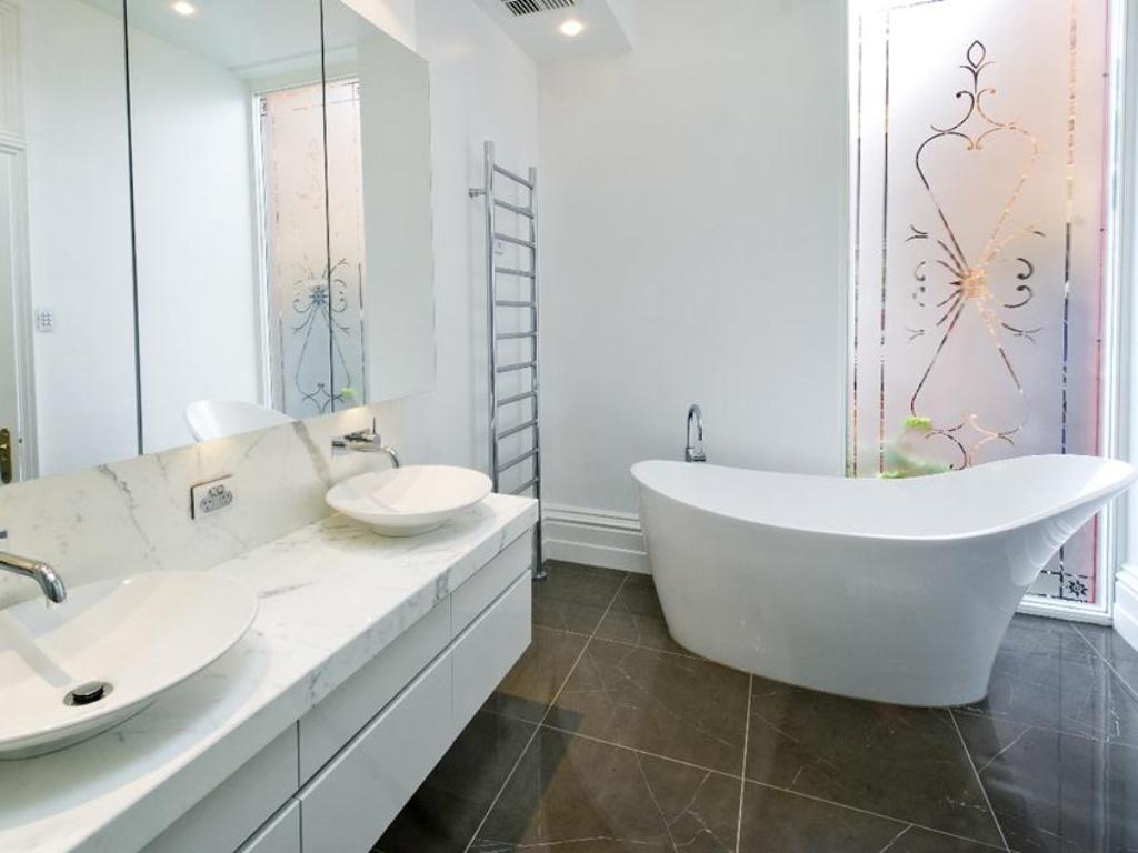 35-Fabulous-Stunning-Bathroom-Design-Ideas-2015-9 38+ Fabulous & Stunning Bathroom Design Ideas 2019