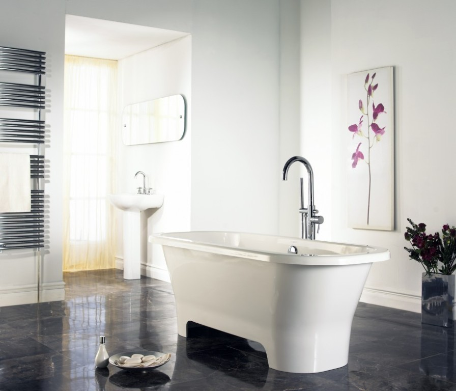 35-Magnificent-Dazzling-Bathtub-Designs-2015-17 45+ Magnificent & Dazzling Bathtub Designs