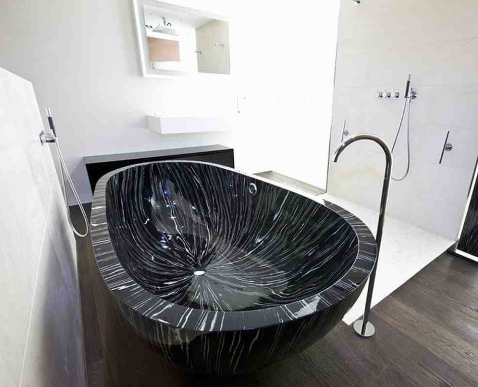 35-Magnificent-Dazzling-Bathtub-Designs-2015-2 45+ Magnificent & Dazzling Bathtub Designs 2019