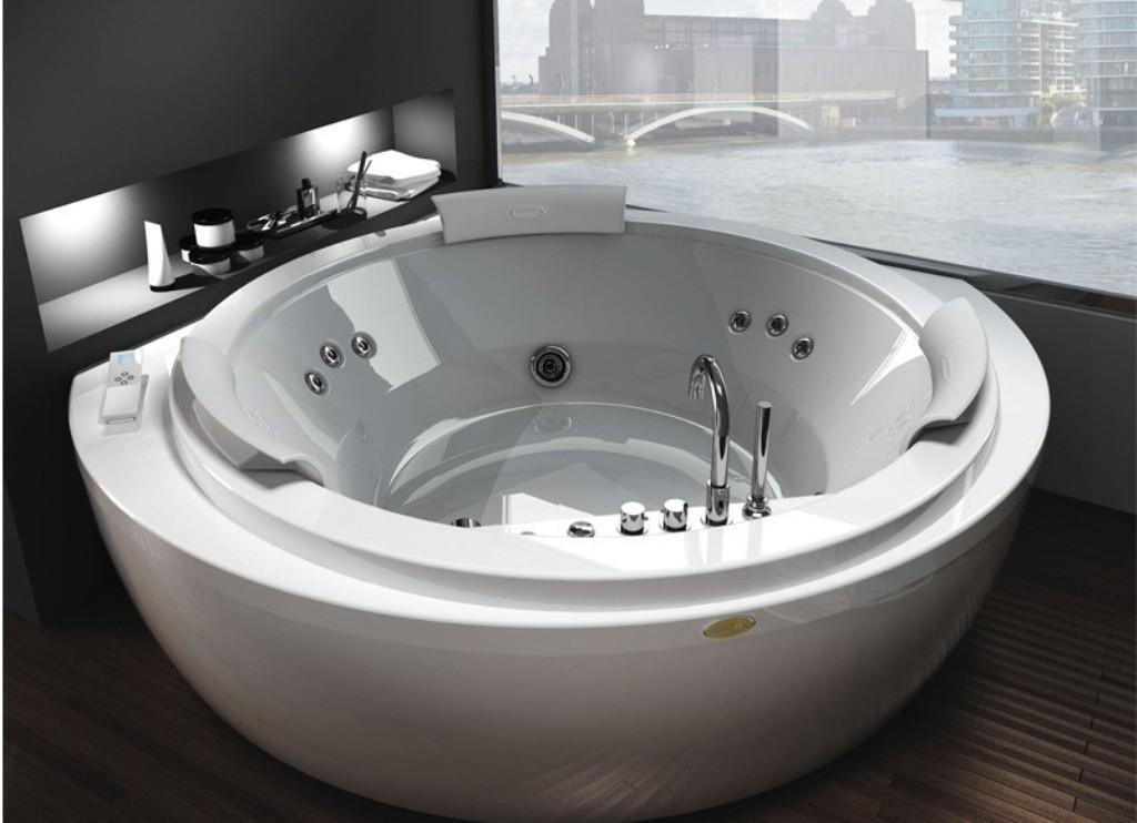 35-Magnificent-Dazzling-Bathtub-Designs-2015-4 45+ Magnificent & Dazzling Bathtub Designs 2019