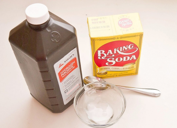 Mix-baking-soda-with-hydrogen-peroxide How Can I Whiten My Teeth Easily & Naturally?