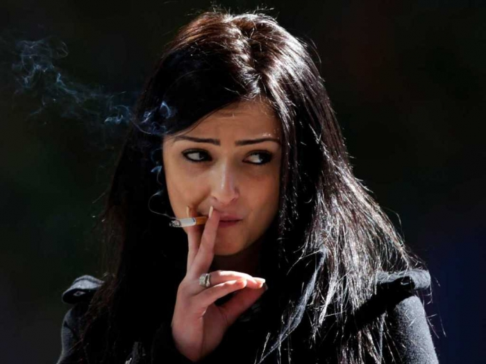 how-to-quit-smoking-stick-your-head-in-a-can-of-cigarette-butts-says-famed-psychologist How Can I Quit Smoking?