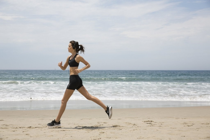 listen-to-music-run How Can I Run Faster?