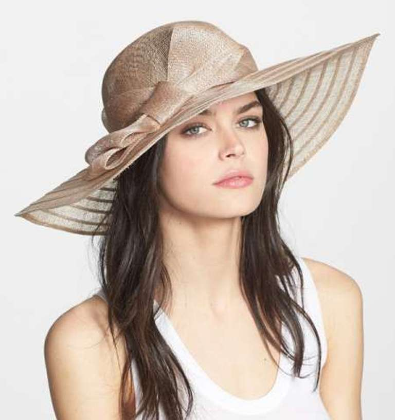 10-Valuable-Accessories-Each-Fashionable-Woman-Should-Own-in-2015-22 10 Valuable Accessories Each Fashionable Woman Should Own
