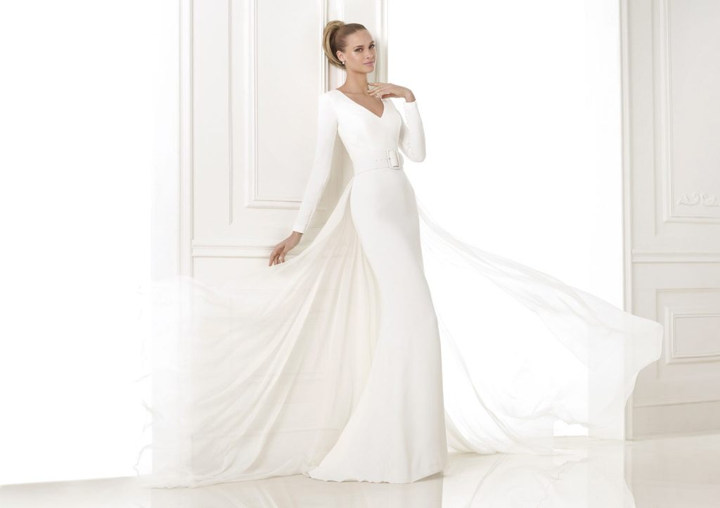 32-Awesome-Wedding-Dresses-for-Muslims-2015-22 30+ Awesome Wedding Dresses for Muslims 2019