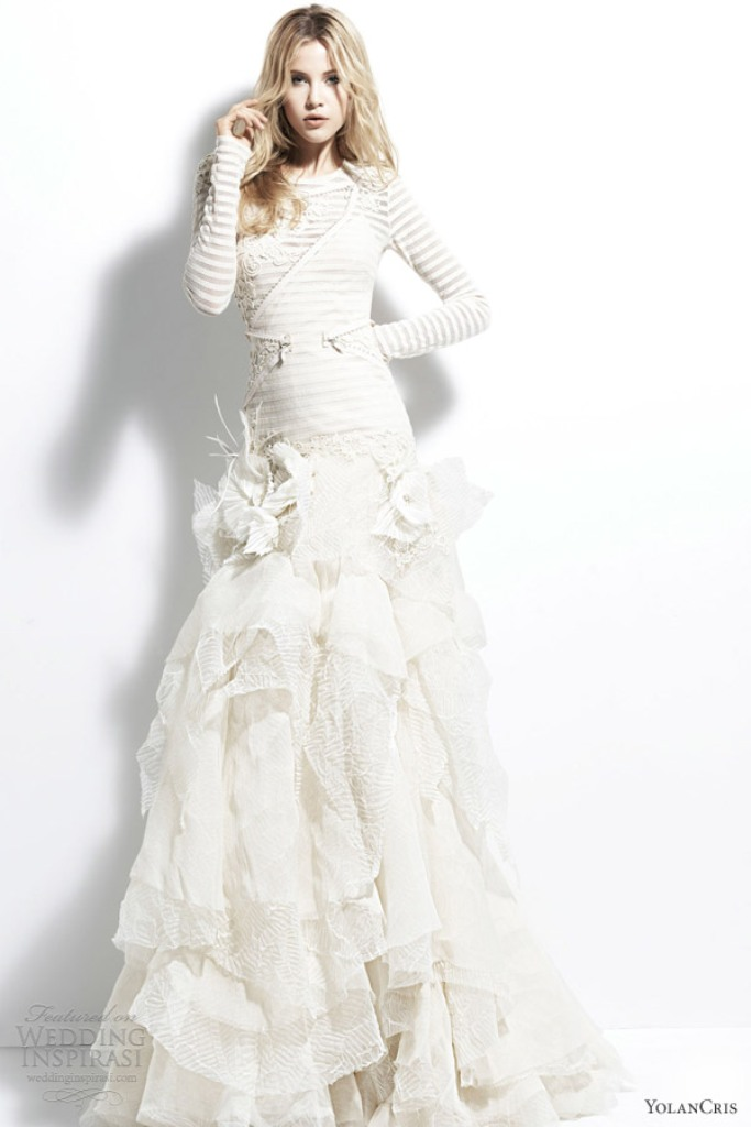 32-Awesome-Wedding-Dresses-for-Muslims-2015-26 30+ Awesome Wedding Dresses for Muslims 2019