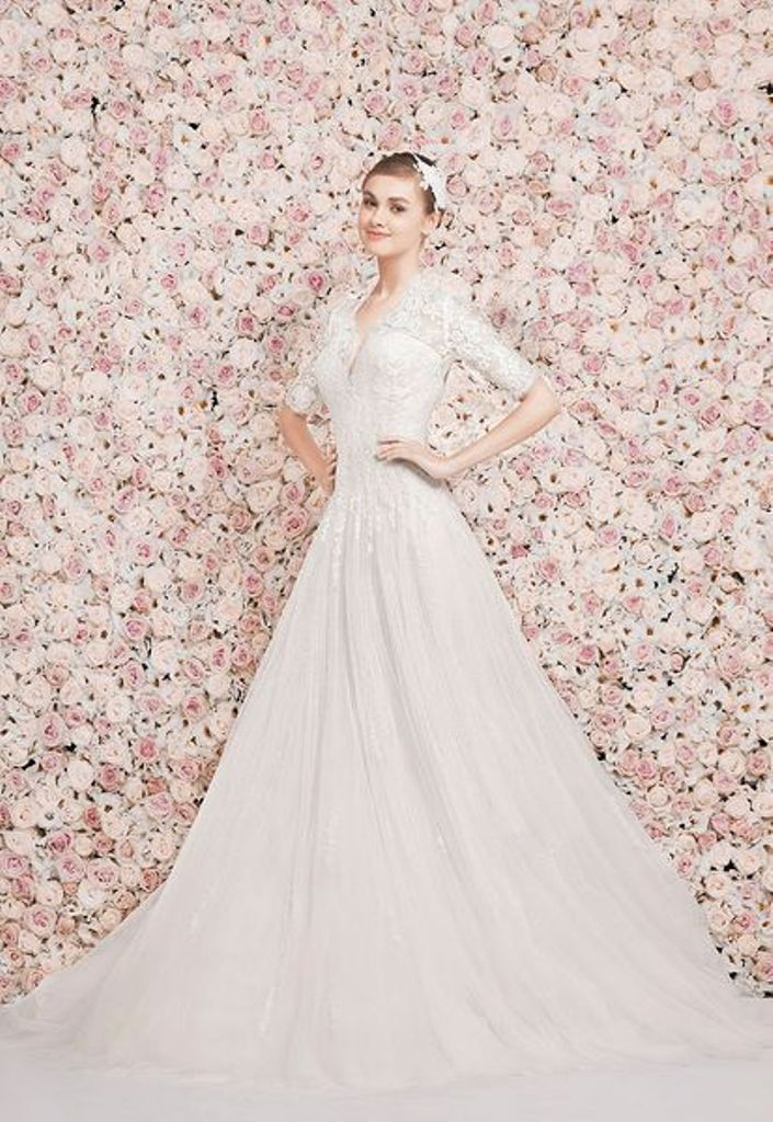 32-Awesome-Wedding-Dresses-for-Muslims-2015-28 30+ Awesome Wedding Dresses for Muslims 2019