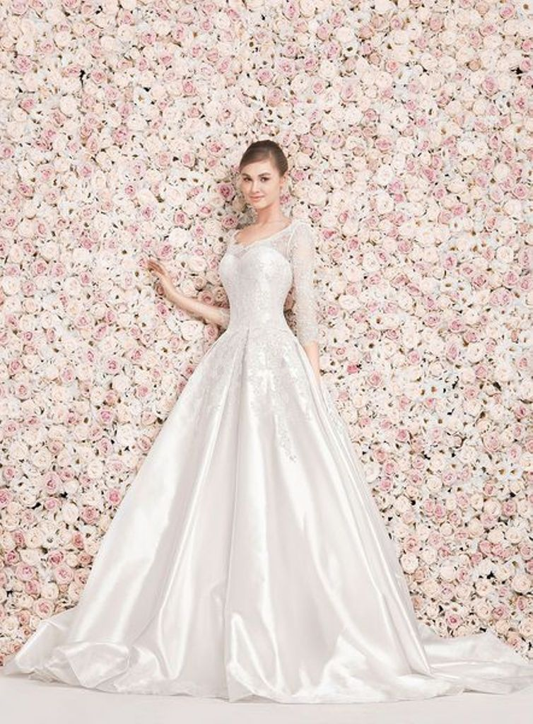 32-Awesome-Wedding-Dresses-for-Muslims-2015-29 30+ Awesome Wedding Dresses for Muslims 2021