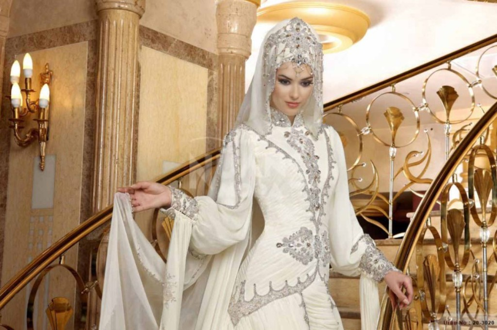 32-Awesome-Wedding-Dresses-for-Muslims-2015-9 30+ Awesome Wedding Dresses for Muslims 2020
