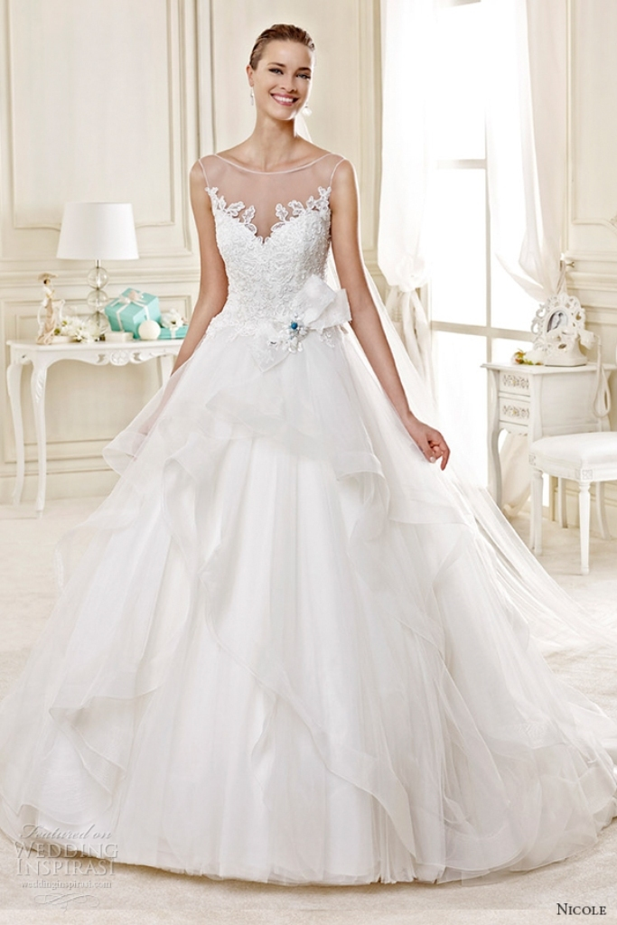 34-of-the-Best-Wedding-Dresses-in-2015-17 33+ Most Stylish Wedding Dresses To Choose From