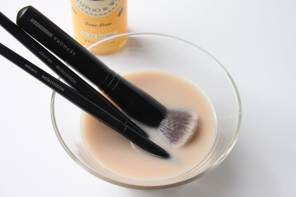 How-Can-I-Clean-My-Make-up-Brushes-6 How Can I Clean My Make-up Brushes?