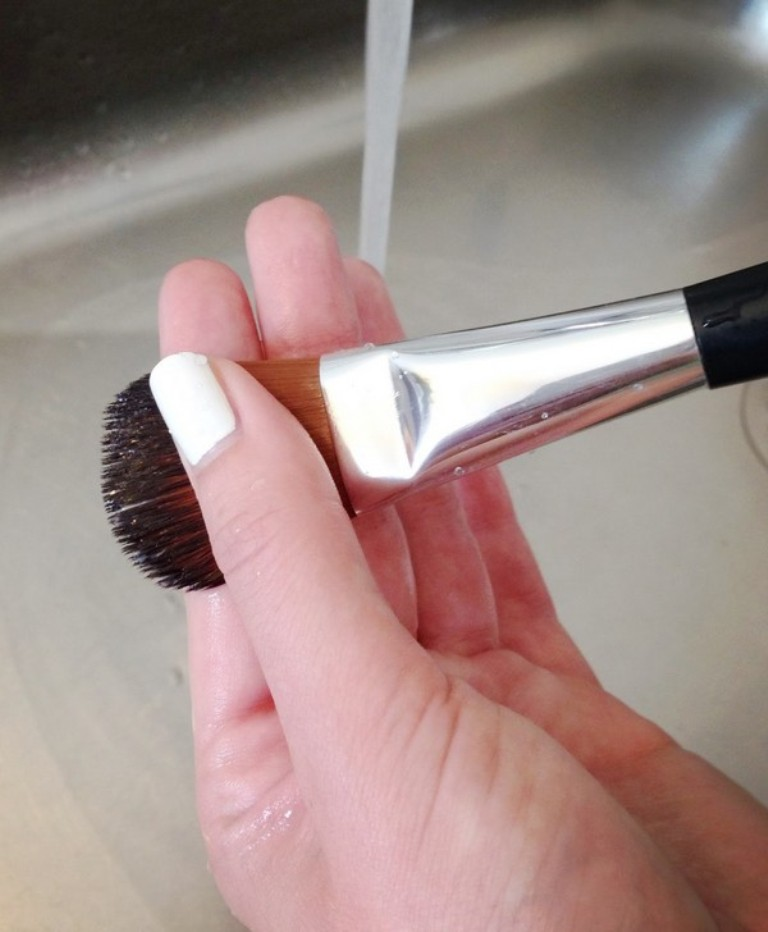 How-Can-I-Clean-My-Make-up-Brushes-8 How Can I Clean My Make-up Brushes?