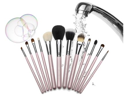 Photo of How Can I Clean My Make-up Brushes?