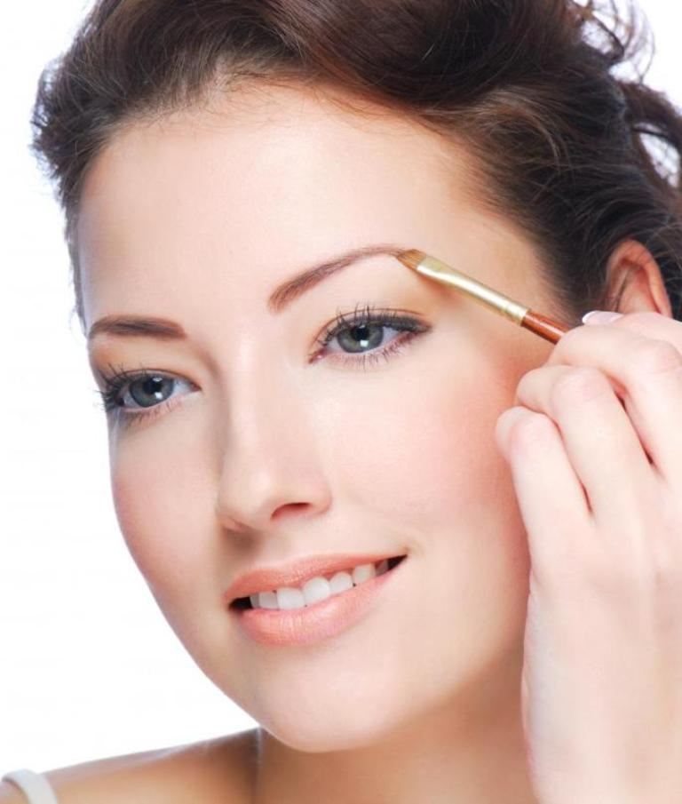 How-Can-I-Perfectly-Shape-My-Eyebrows-8 How Can I Perfectly Shape My Eyebrows?
