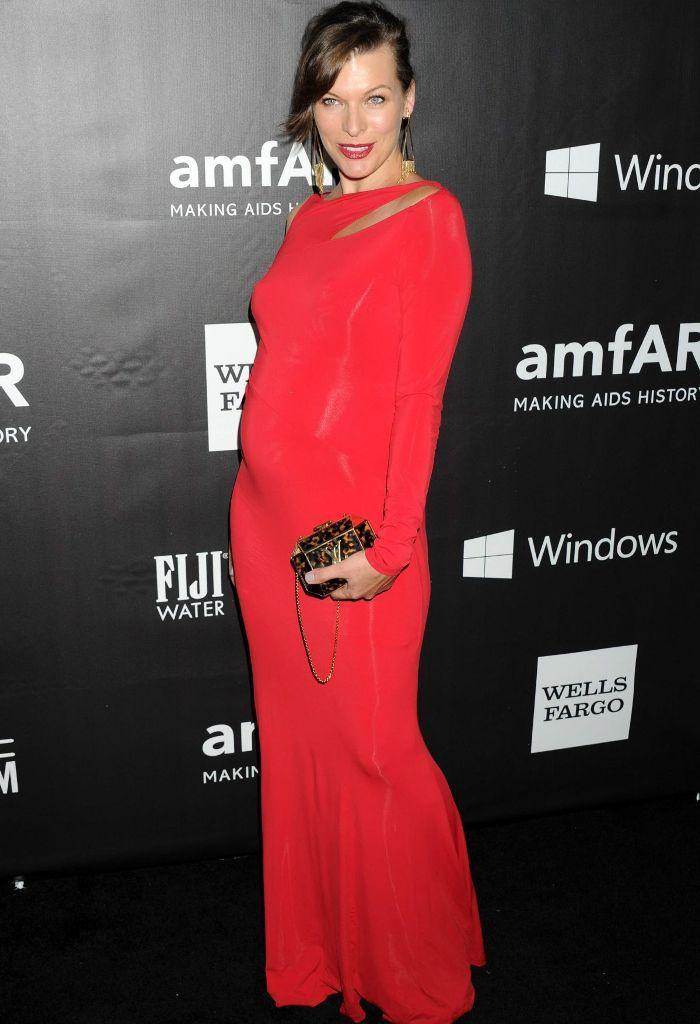 Milla-Jovovich Top 10 Previous Celebrity Pregnancies