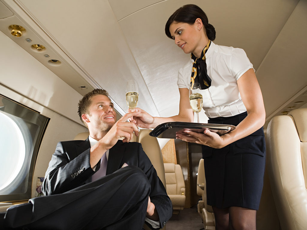 Top-10-Awesome-Jobs-Where-You-Can-Travel-18 Top 10 Awesome Jobs Where You Can Travel