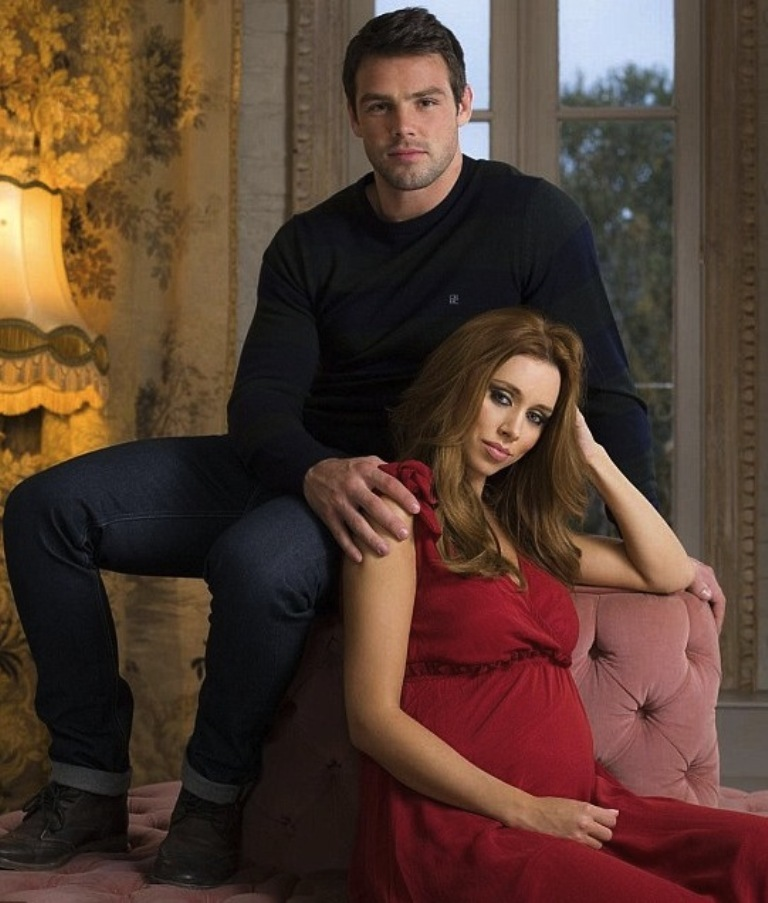 Una-Healy-and-Ben-Foden-Having-Baby-Girl Top 10 Celebrity Pregnancies in 2015