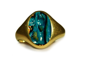 Ancient-Egyptian-Gold-Ring-with-Faience-Eye-of-Horus-Amulet-300x198 Legends Of Ancients And The Power Of Gemstones In Preventing Envy