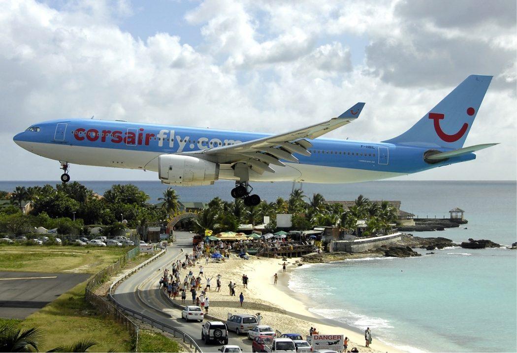 Corsair_Airbus_A330_at_SXM_Bidini Top 10 Weirdest Airport in The World