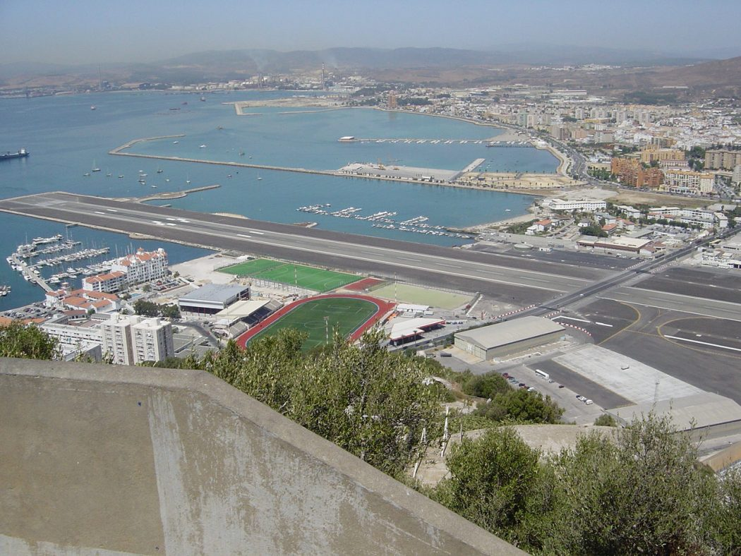 Gibraltar_airport Top 10 Weirdest Airport in The World