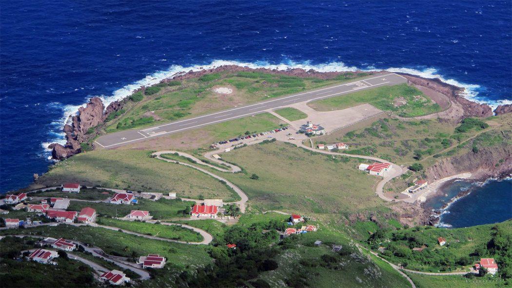 Juancho-Yrausquin-Airport Top 10 Weirdest Airport in The World
