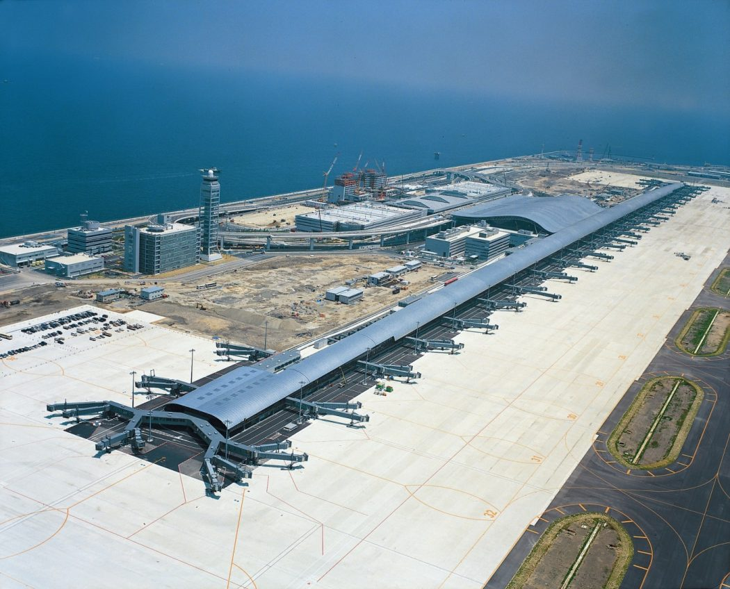 Kansai-International-Airport_photo_50b7914885d01 Top 10 Weirdest Airport in The World