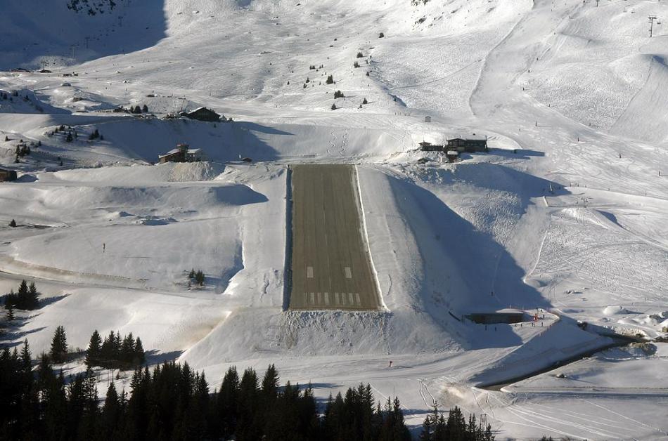 Most-Dangerous-Airports-Courchevel-International-Airport-France Top 10 Weirdest Airport in The World