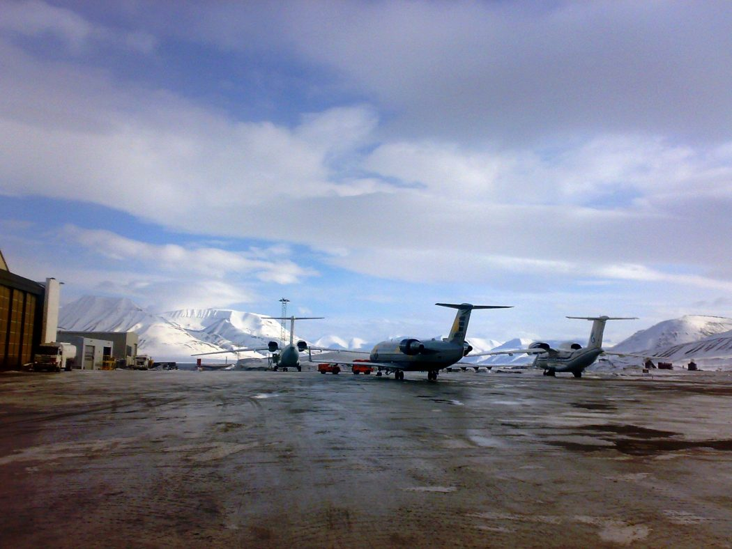 Svalbard_Airport_Longyear_140420083642 Top 10 Weirdest Airport in The World