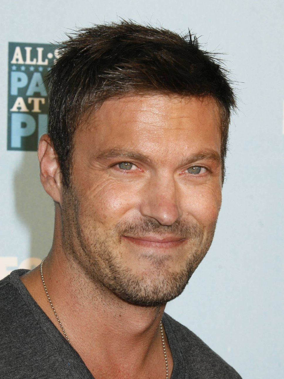 brian_austin_green_smiling Top 10 Most Handsome (Good Looking) Hollywood Actors