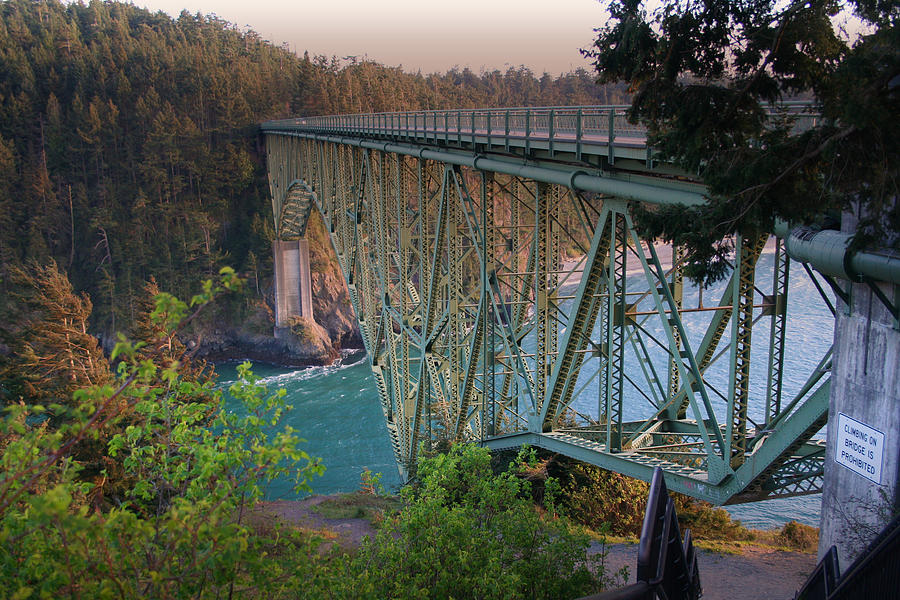 deception-pass-bridge-br-8943-mary-gaines Top 10 Biggest Bridges in USA