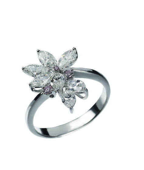 medium-diamond-ring-475x560 7 Ways to Select Rings For Long, Skinny, And Short Fingers
