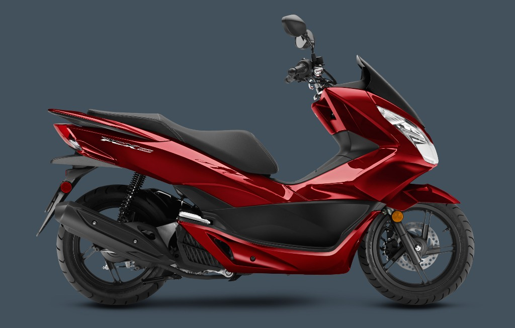 2016_PCX-DarkCandyRed Best 25 Motorcycle Models Released by Honda