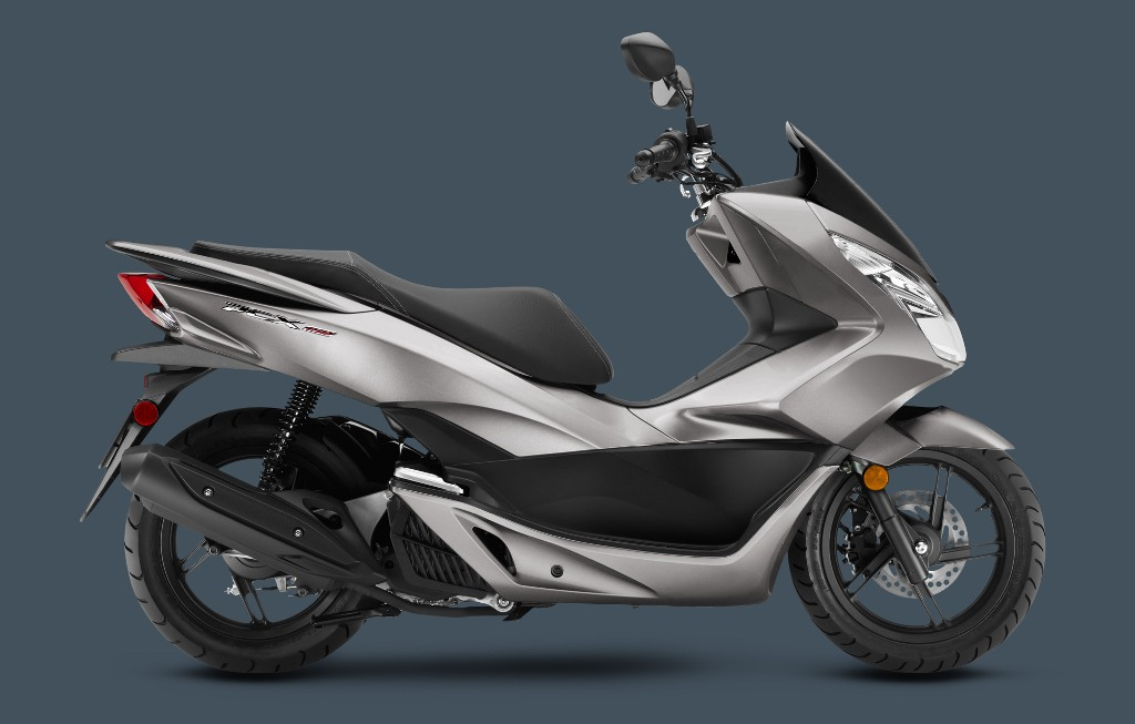 2016_PCX-SteelGray Best 25 Motorcycle Models Released by Honda