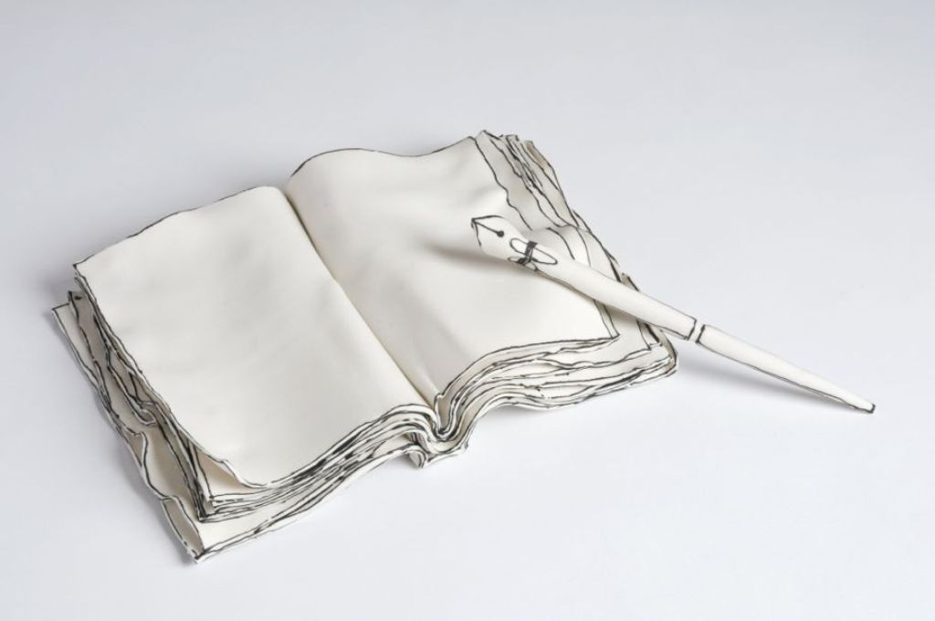 3D-Ceramic-Artworks-that-Look-Like-Pen-Drawings-24 46 3D Ceramic Artworks that Look Like Pen Drawings!
