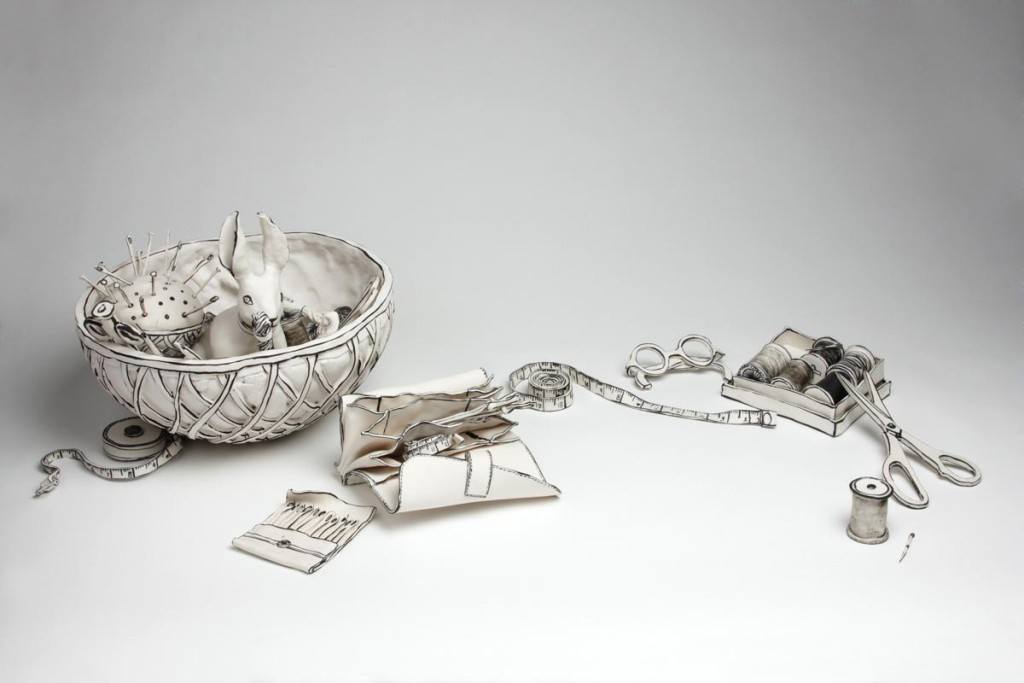3D-Ceramic-Artworks-that-Look-Like-Pen-Drawings-25 46 3D Ceramic Artworks that Look Like Pen Drawings!