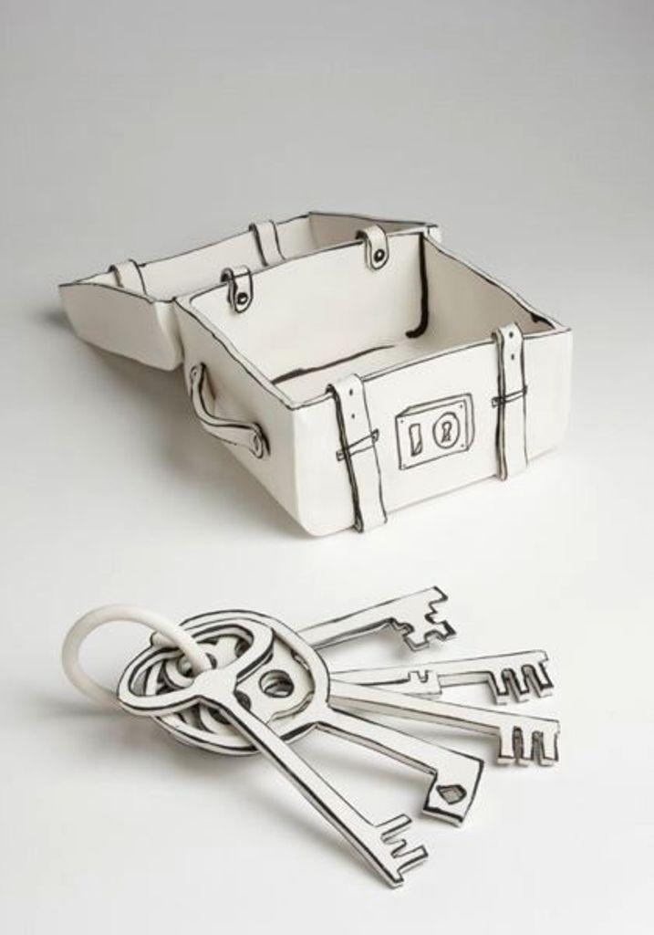 3D-Ceramic-Artworks-that-Look-Like-Pen-Drawings-41 46 3D Ceramic Artworks that Look Like Pen Drawings!