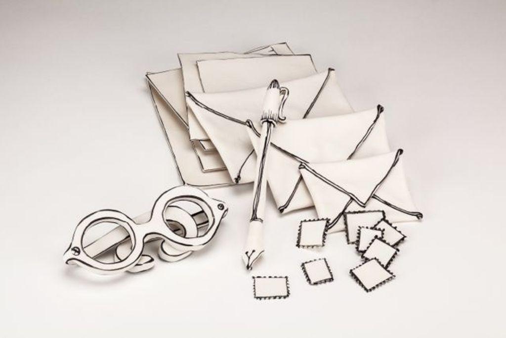 3D-Ceramic-Artworks-that-Look-Like-Pen-Drawings-6 46 3D Ceramic Artworks that Look Like Pen Drawings!