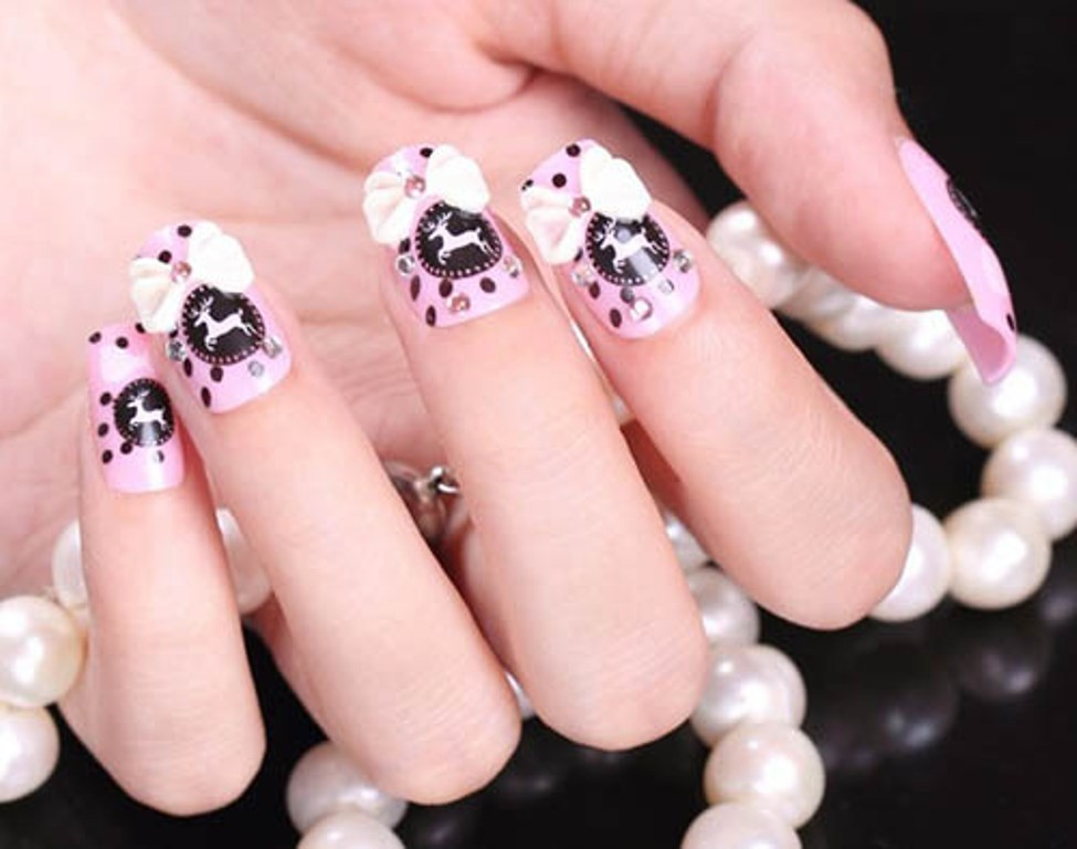 3D-Nail-Art-Designs-31 70 Hottest & Most Amazing 3D Nail Art Designs