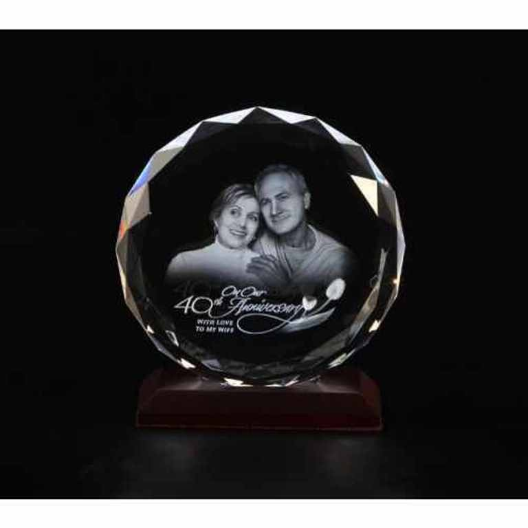 3D-Portraits-in-Glass-24 49 Most Fabulous 3D Portraits in Glass