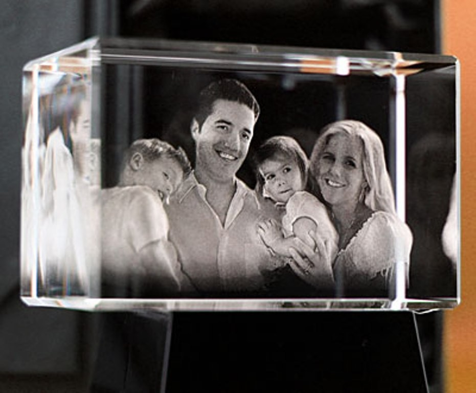 3D-Portraits-in-Glass-39 49 Most Fabulous 3D Portraits in Glass