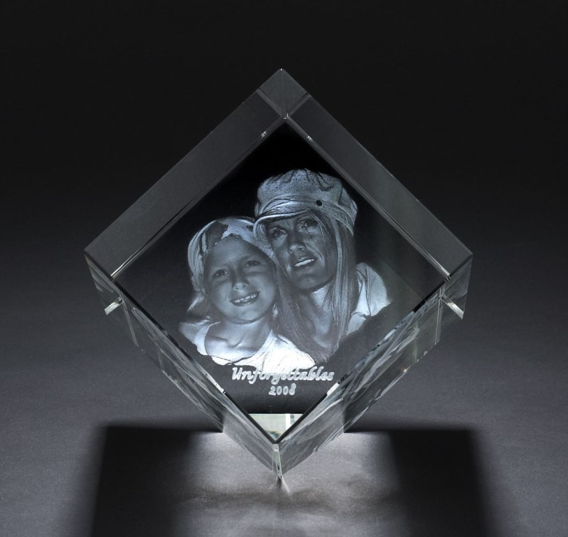 3D-Portraits-in-Glass-42 49 Most Fabulous 3D Portraits in Glass