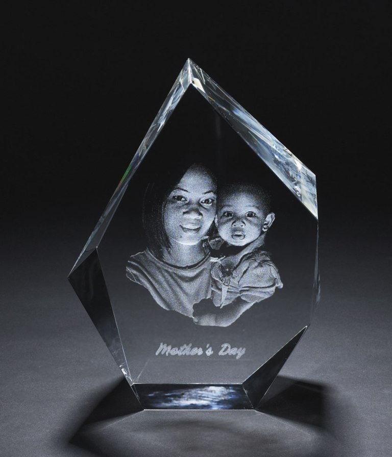 3D-Portraits-in-Glass-45 49 Most Fabulous 3D Portraits in Glass