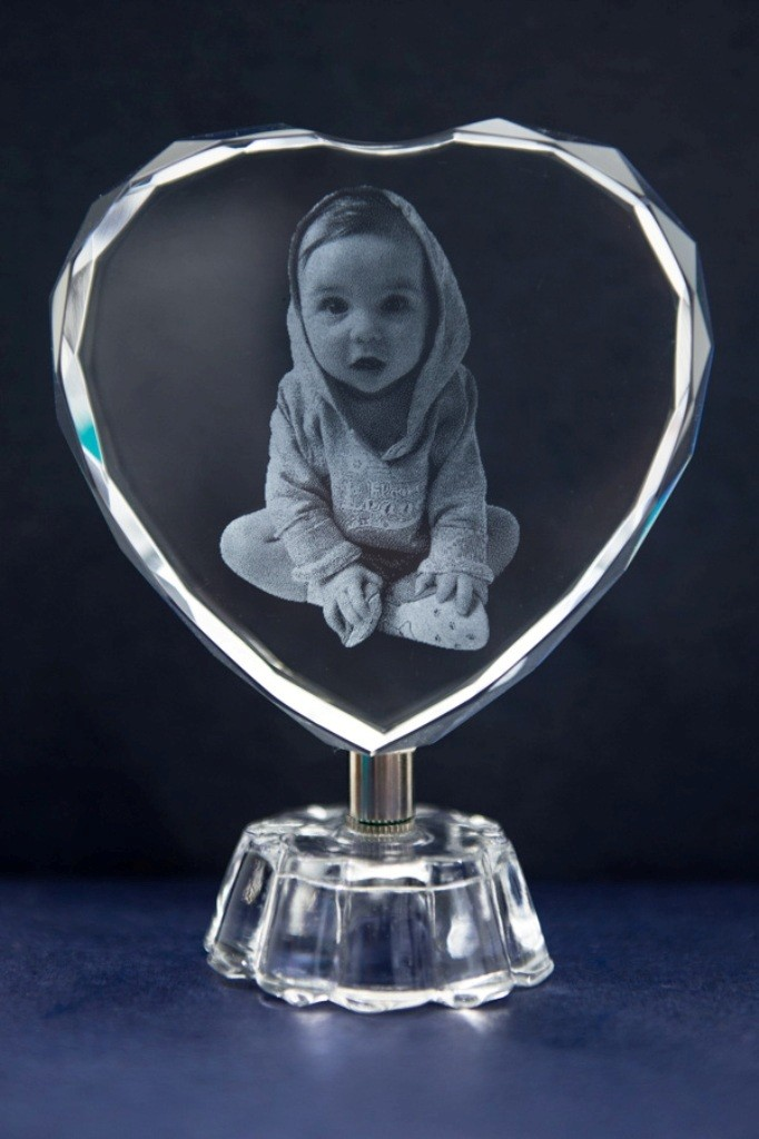 3D-Portraits-in-Glass-46 49 Most Fabulous 3D Portraits in Glass