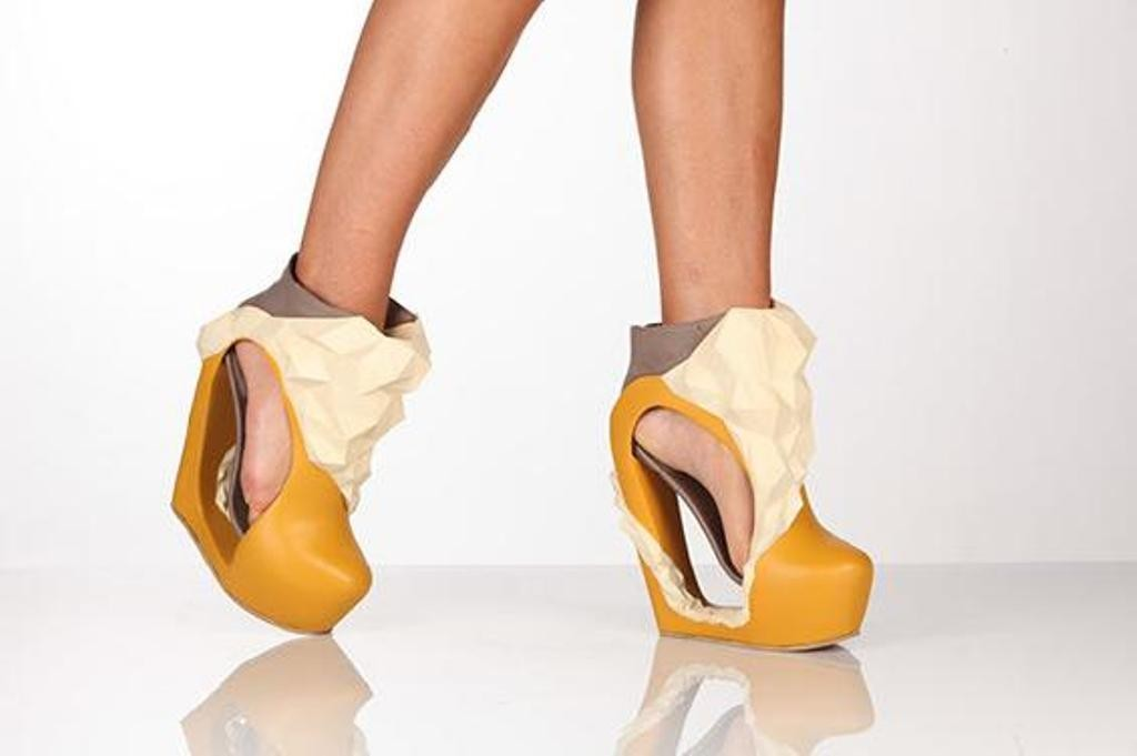 3D-Printed-Shoes-24 64 Strangest & Catchiest 3D Printed Shoes