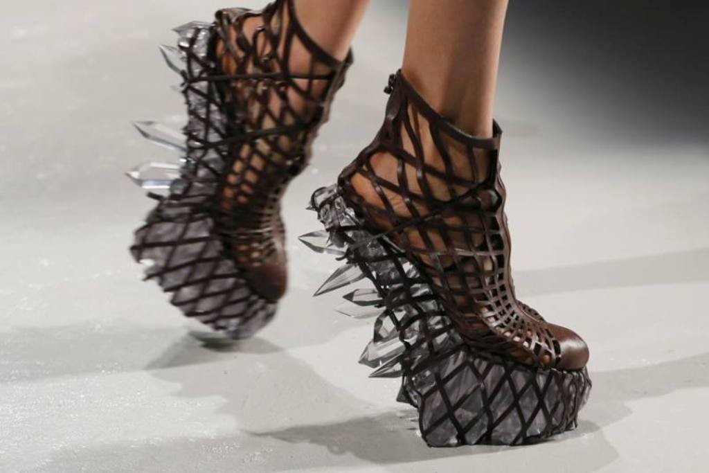 3D-Printed-Shoes-29 64 Strangest & Catchiest 3D Printed Shoes