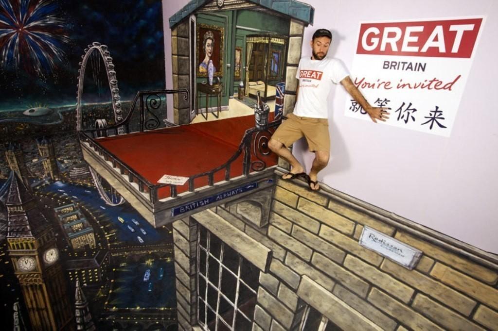 3D-Street-Art-Works-30 42 Most Breathtaking 3D Street Art Works