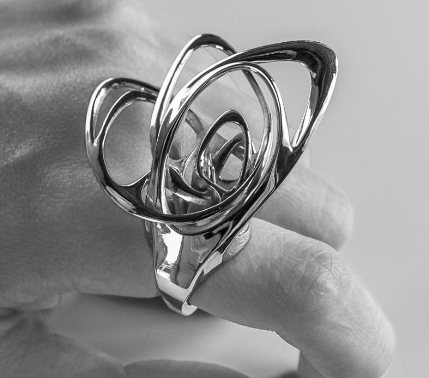 3D-printed-jewelry-designs-17 50 Coolest 3D Printed Jewelry Designs