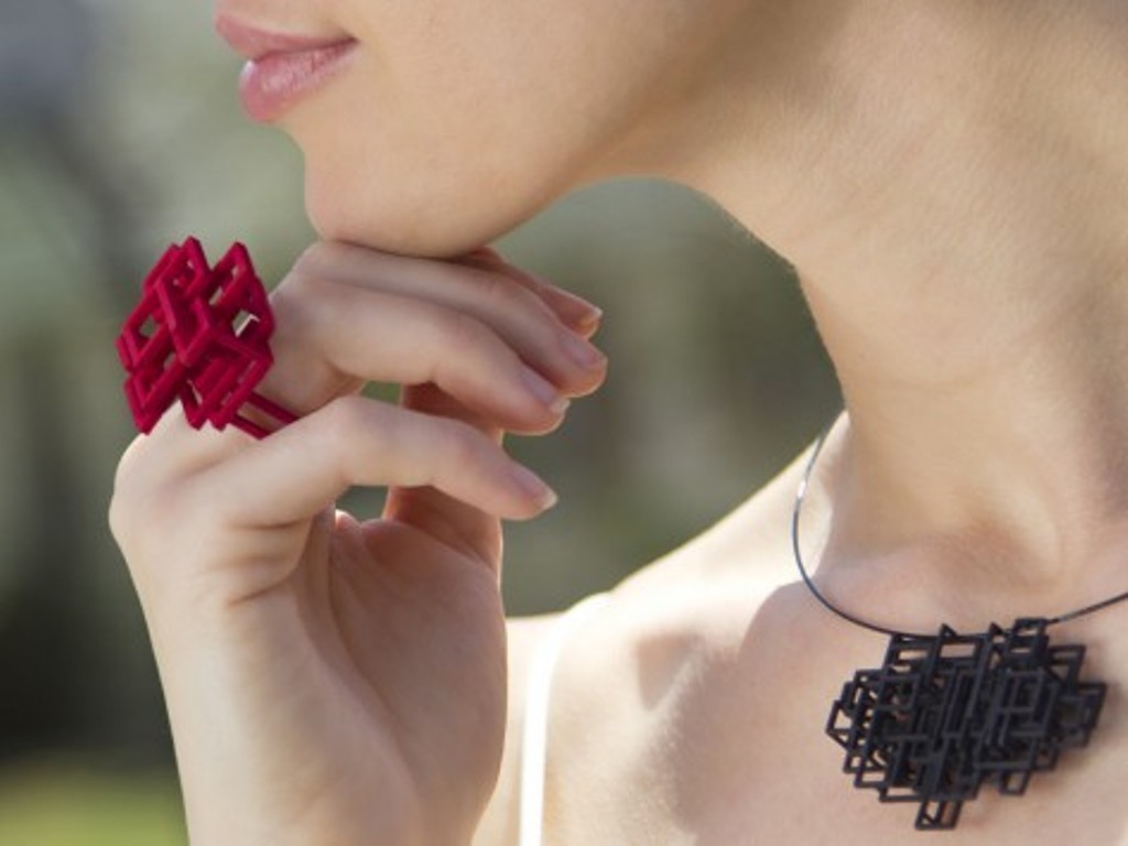 3D-printed-jewelry-designs-22 50 Coolest 3D Printed Jewelry Designs